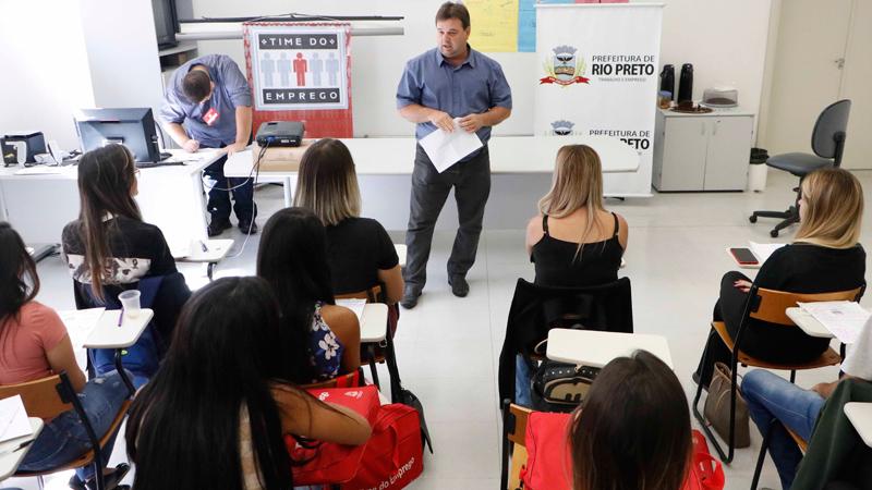 3º-Time-do-Emprego-prepara-mais-30-jovens-para-enfrentar-processos-seletivos-profissionais