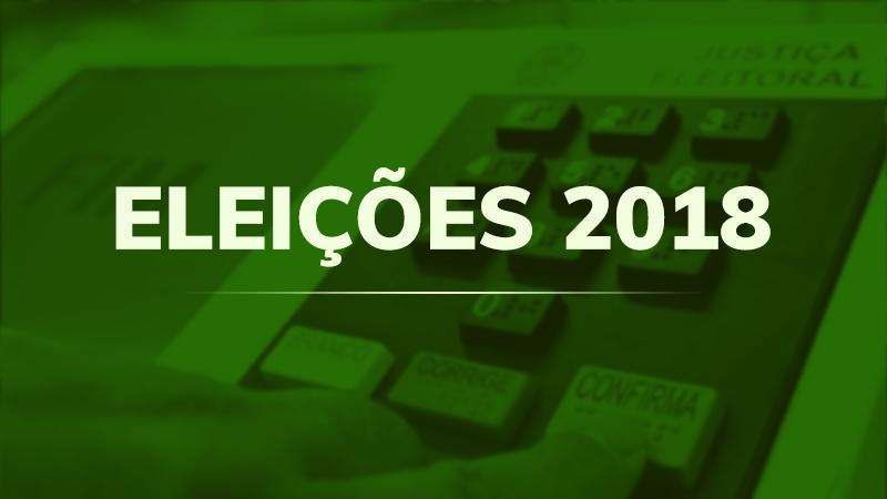 """Imagem de urna eletônica com filtro de cor ver e texto sobreposto """"Eleições 2018"""""""